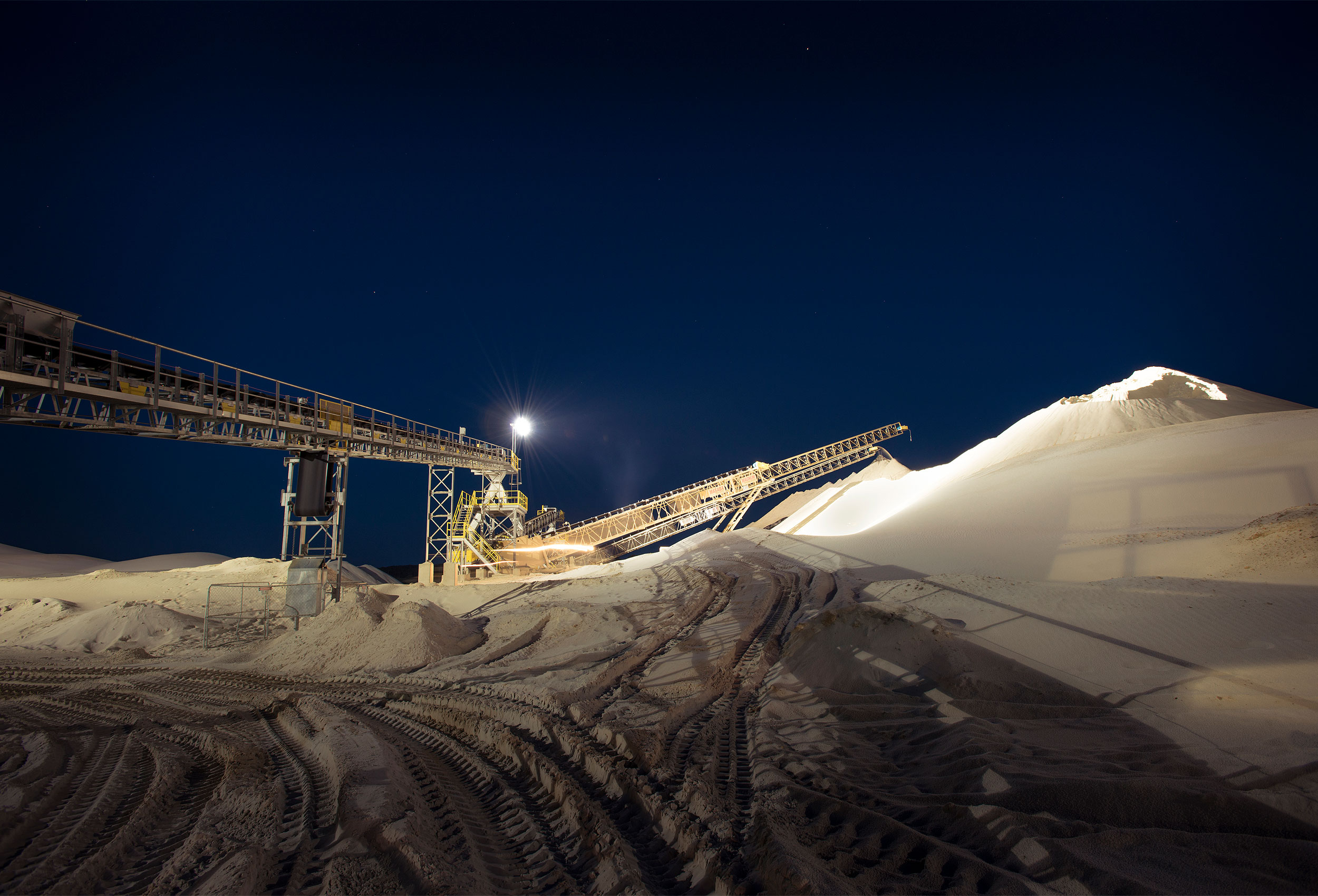 Sand mining by corporate industrial photographer Kristopher Grunert